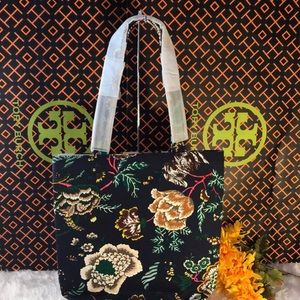 TORY BURCH CANVAS TOTE - NEW WITHOUT TAG AUTHENTIC